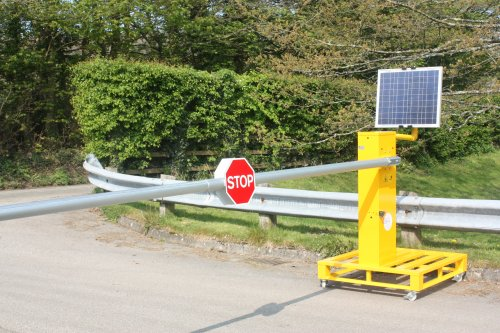 Solar Amp Electric Gates Solar Powered Gates Uk